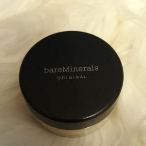 Bare Minerals Medium Beige Foundation 8 g New